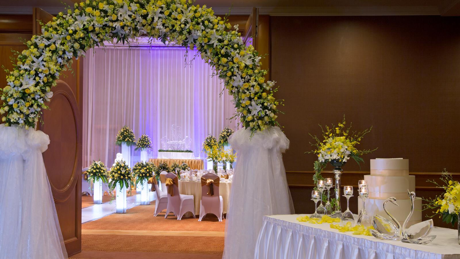 Sheraton Hanoi Hotel - Crystal Wedding Packages