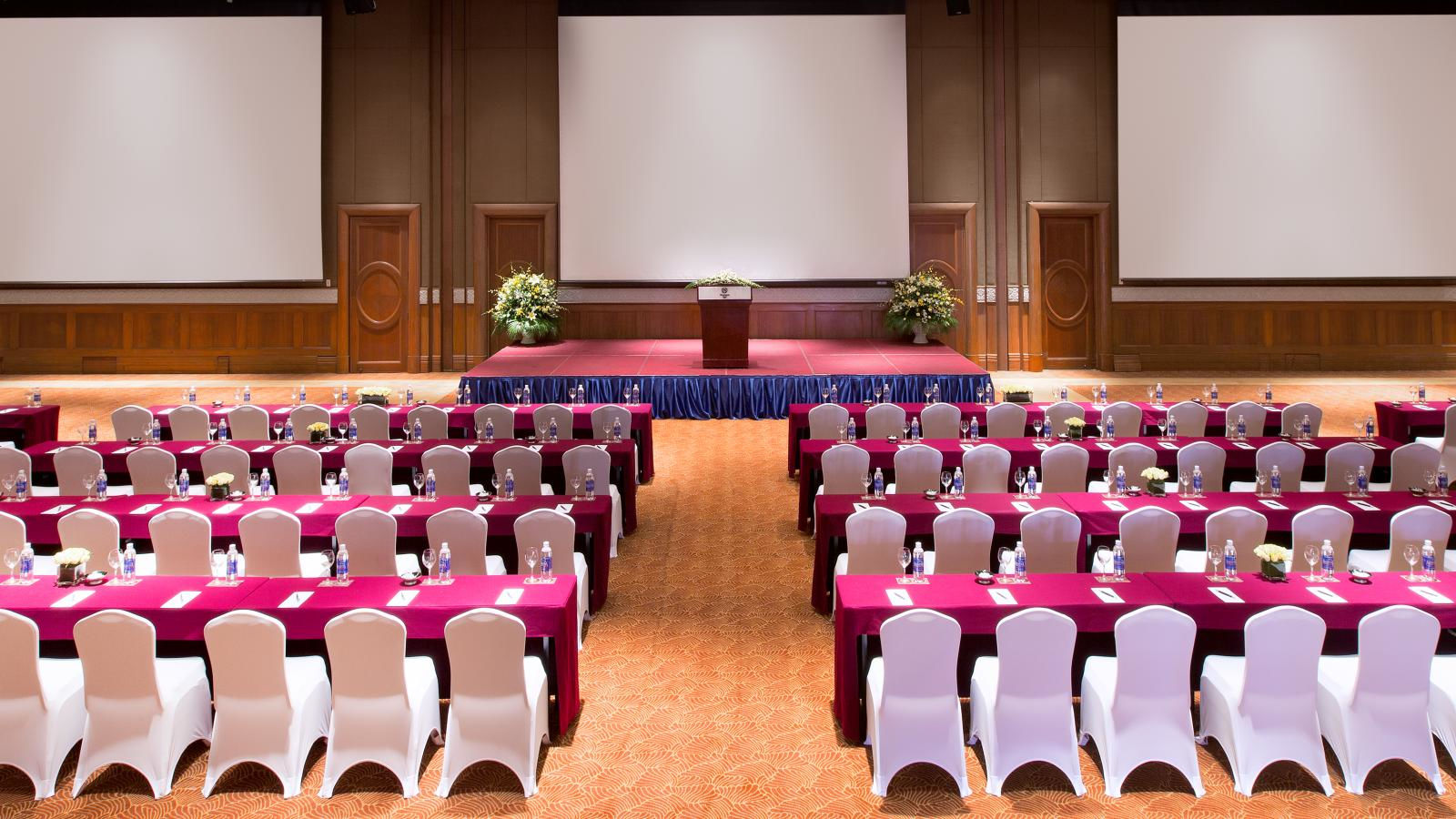 Sheraton Hanoi Hotel - The Song Hong Grand Ballroom classroom set up